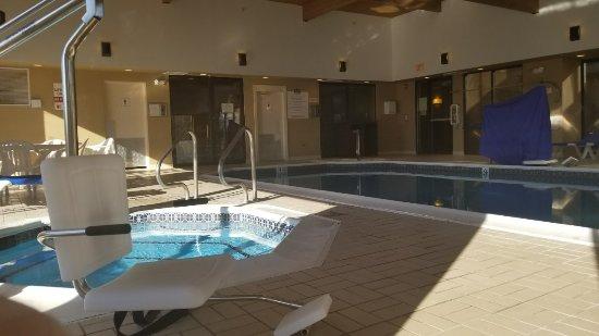 Fairfield Inn by Marriott Bangor : 20171124_111416_large.jpg