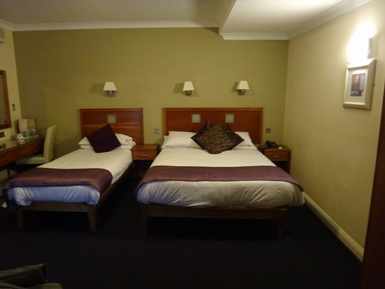 Imperial Hotel Galway รูปภาพ