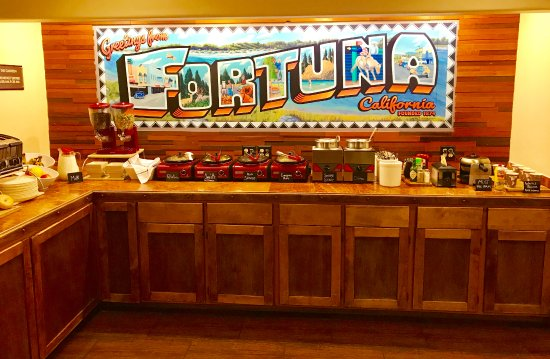 Fortuna, Californien: The Canteen - Full Hot Complimentary Breakfast