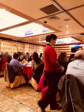 Golden Unicorn Restaurant : friendly and efficient service