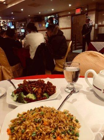 Golden Unicorn Restaurant : fried rice, beef with orange peel