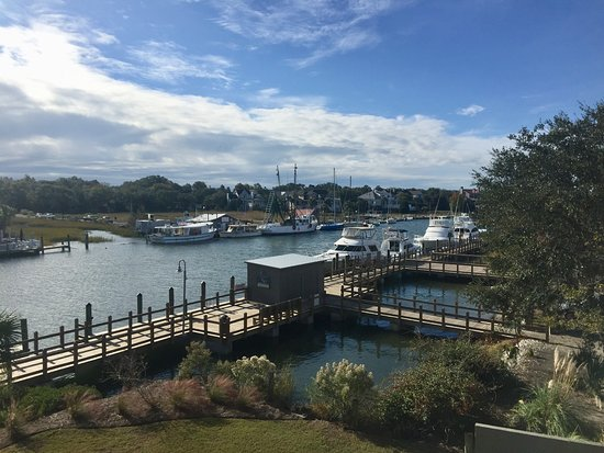 Shem Creek Inn: Beautiful view from room