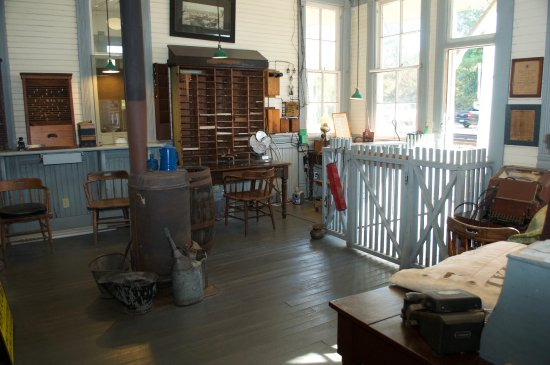 Interior of caboose  - Picture of West Florida Railroad Museum