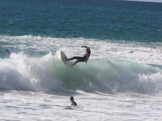 Surf Guide Algarve: Algarve Surf