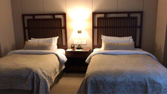 Shangri-La Hotel, Vancouver: photo0.jpg