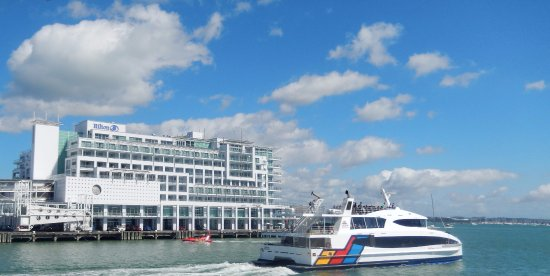 Hilton Auckland : Hotel from ferry