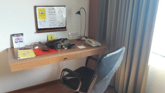 Lemon Tree Hotel, Ahmedabad: 20171028_094537_large.jpg