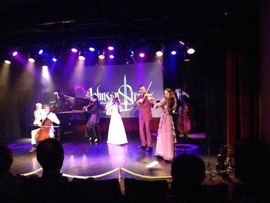 The Johnson Strings張圖片