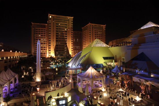 InterContinental Cairo Citystars: Exterior Feature-Outdoor Dining By the Pool