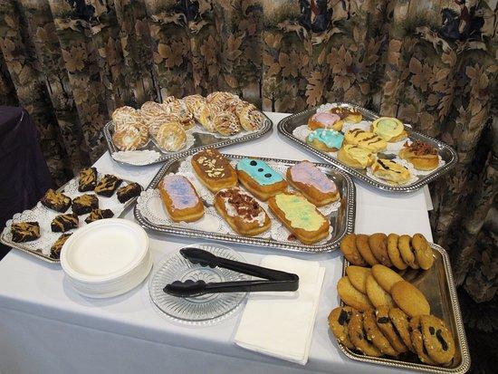Best Western Sunridge Inn: Continental breakfast, lots of empty calories here!