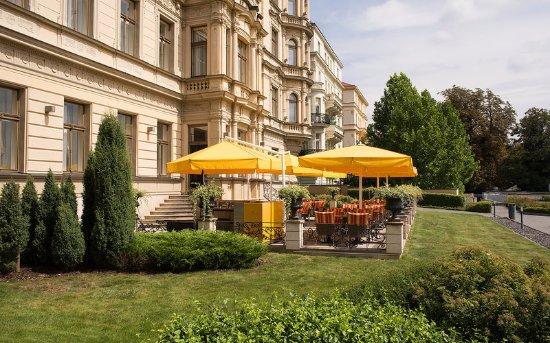 Le Palais Art Hotel Prague: Terrace