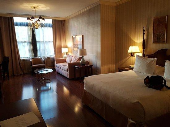 Avalon Hotel: 20171126_123657_large.jpg