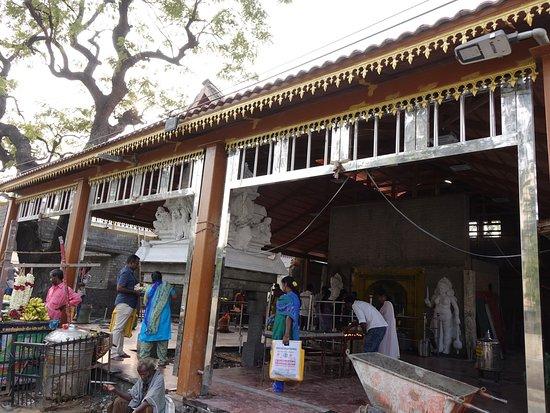 Sri Peria Mariamman Temple