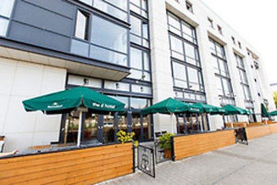 The d Hotel Drogheda: Exterior