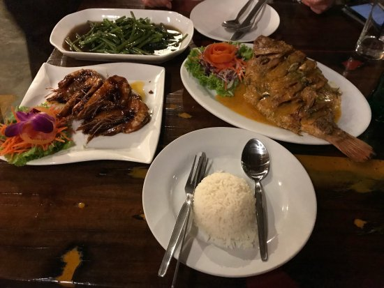 L. Maladee Restaurant : photo0.jpg