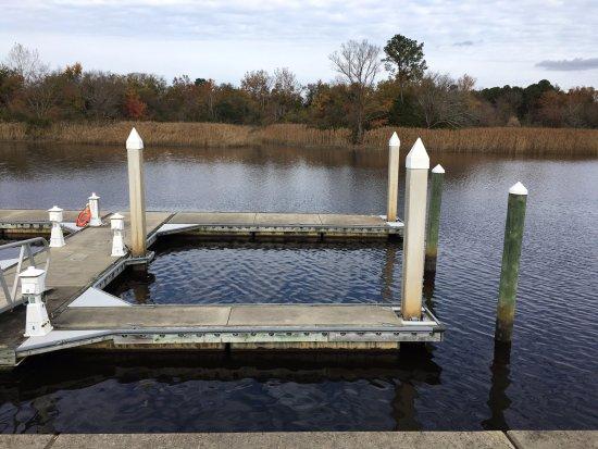 Suffolk, VA: boat river dock on back side of hotel