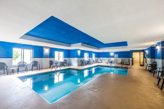 Comfort Inn & Suites - Lookout Mountain: Pool