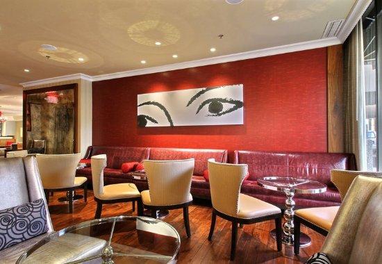 Renaissance Des Moines Savery Hotel: Coda Lounge