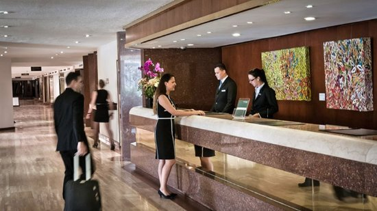 InterContinental Tamanaco Caracas: Front Desk