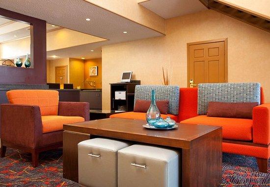 Fountain Valley, CA: Lobby & Business Center