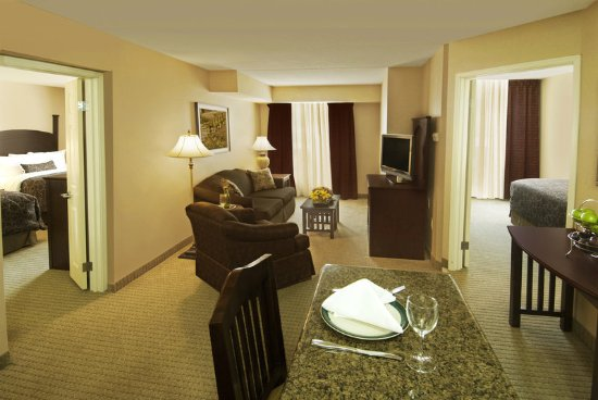 Staybridge Suites Oakville: 2 Bedroom Apartment Like Suite ideal for Families or Co-workers