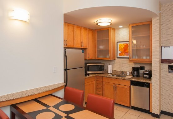 Foto De Residence Inn Birmingham Hoover Hoover Two Bedroom Suite Kitchen Tripadvisor