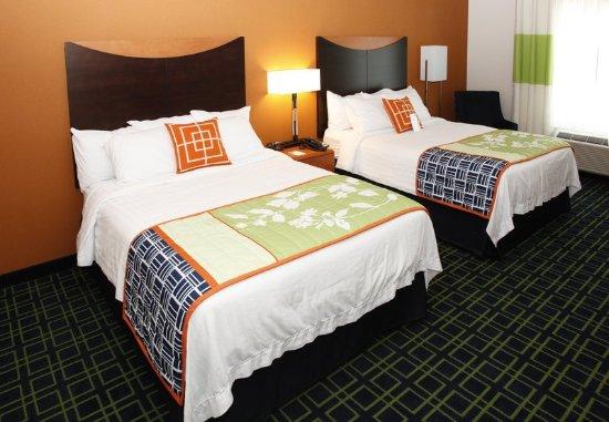 Fairfield Inn & Suites by Marriott Rockford: Queen/Queen Guest Room