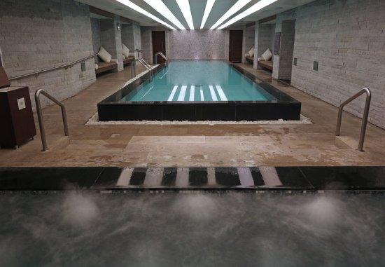 JW Marriott Hotel Bogota: Indoor Pool