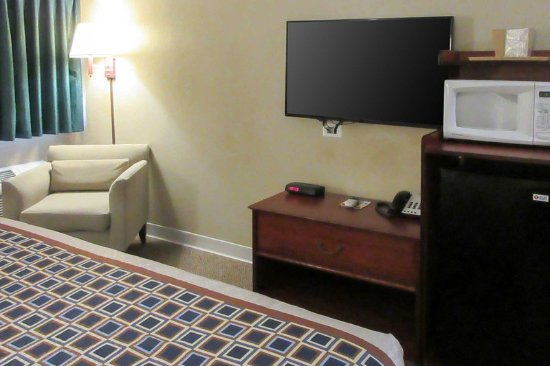 Chisago City, MN: Guest room with added amenities