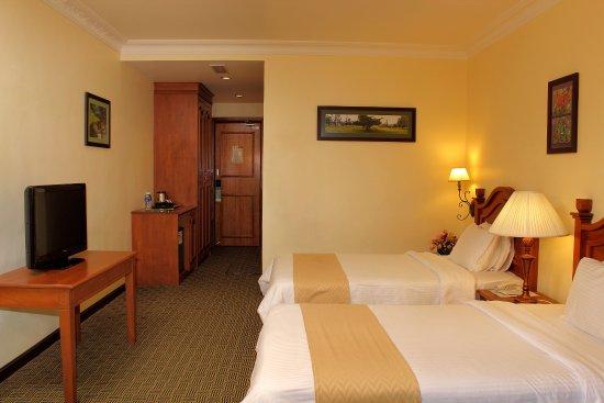 Hotel De' La Ferns: Deluxe Triple