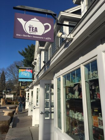 Ogunquit, ME: The Tea Space