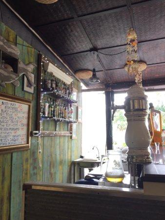 Nai Thon, Thailand: Coconut Tree Restaurant and Bar
