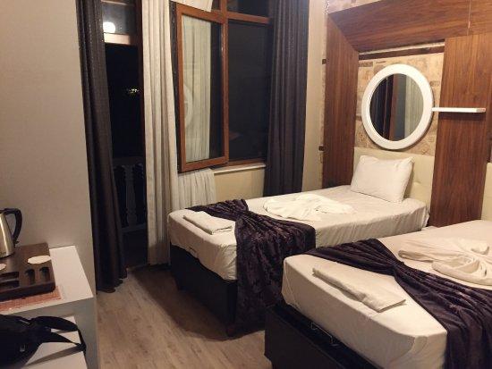 Bacchus Pension: delicious breakfast & nice view  Clean & comfortable room