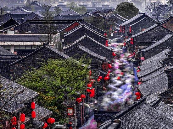 Yangzhou, China: Dongguan Street