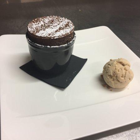 Souffle Au Chocolat Noir Intense Inaya Creme Glace Au Lait Entier