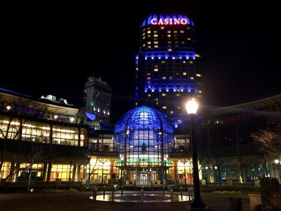 Fallsview Casino Resort: photo0.jpg