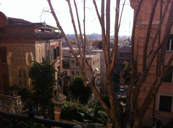 IL BOOM - il bed 'n breakfast : vue depuis la chambre Vitti