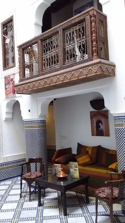 Riad Noujoum Medina: Ground floor public area