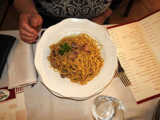 Carsoli, Italy: Pasta alla Chitarra coi Porcini