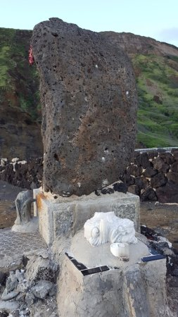 Hawaii Kai, HI: Alas, vandals have broken offseveral of the statues.