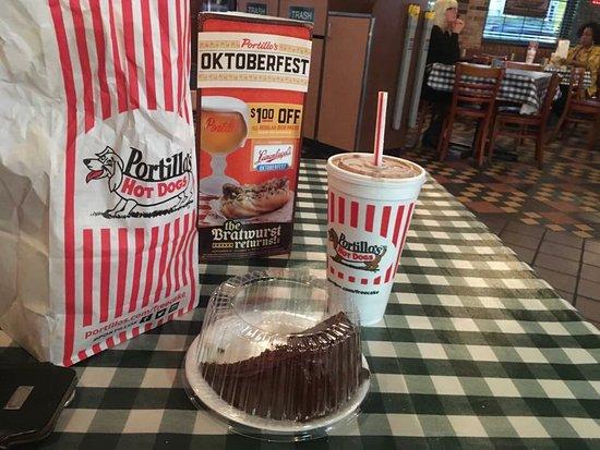 Portillo S Chicago Near North Side Restaurant Reviews