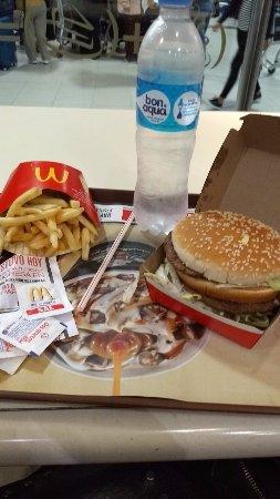 McDonald's: Mc. Donald`s-  Aeropuerto Ezeiza- Bs.As. 2017.