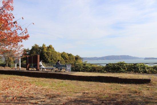 Kurashiki, Japan: 琴海駅跡で瀬戸内海を望む