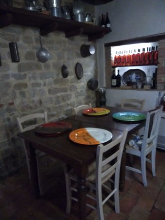 Valtopina, Italien: Una delle sale interne