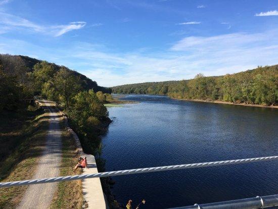Lumberville, PA: Vista del fiume Delaware dal ponte
