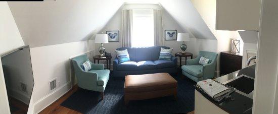 Marquesa Hotel: 414 Premier Suite Living Room