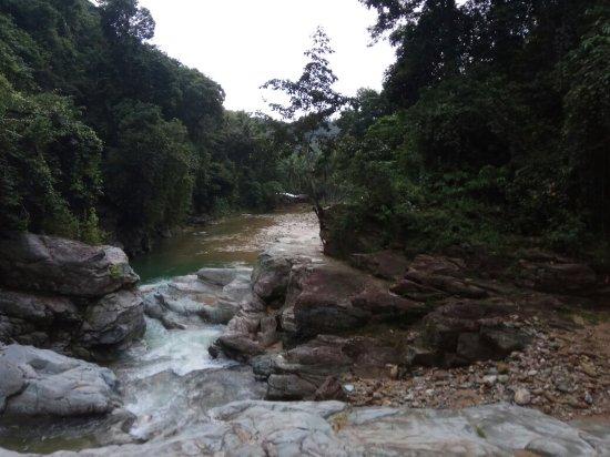 Tamaraw Waterfalls: IMG_20171125_170305_large.jpg