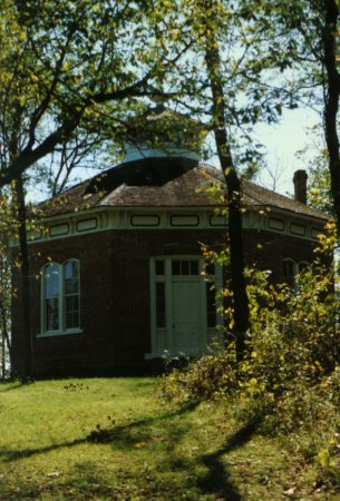 Lawson, MO: The octagonal school house built by Watkins