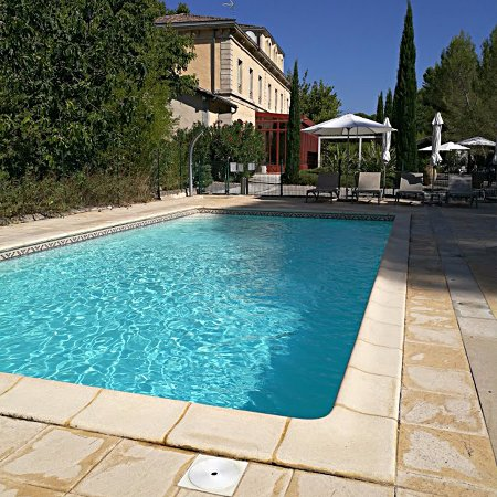 La piscine ouverte le matin for Piscine ouverte