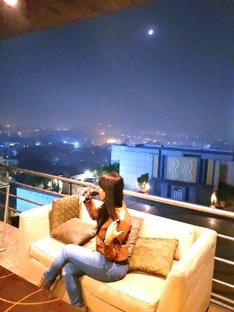 Sampan - The Sky Lounge : 20171126_234239_large.jpg